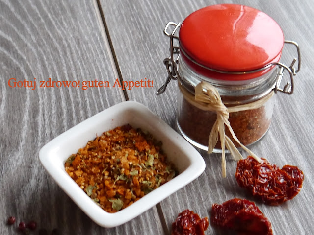 Domowa mieszanka przyprawowa do sosu pomidorowego - Czytaj więcej »