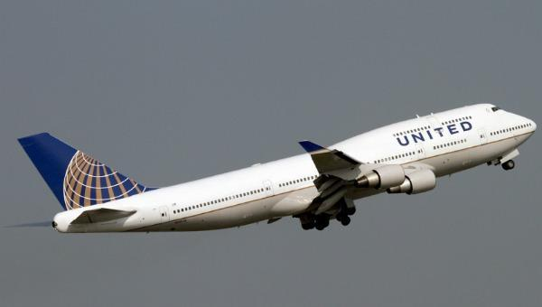 United Airlines cesará vuelos a Venezuela en julio por disminución de la demanda