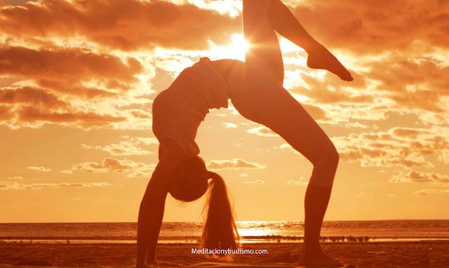 ¿Cada cuando debo practicar Yoga para bajar de peso?