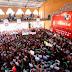 Mauricio Sahuí se registra como precandidato del PRI a la gubernatura ante 5 mil priistas