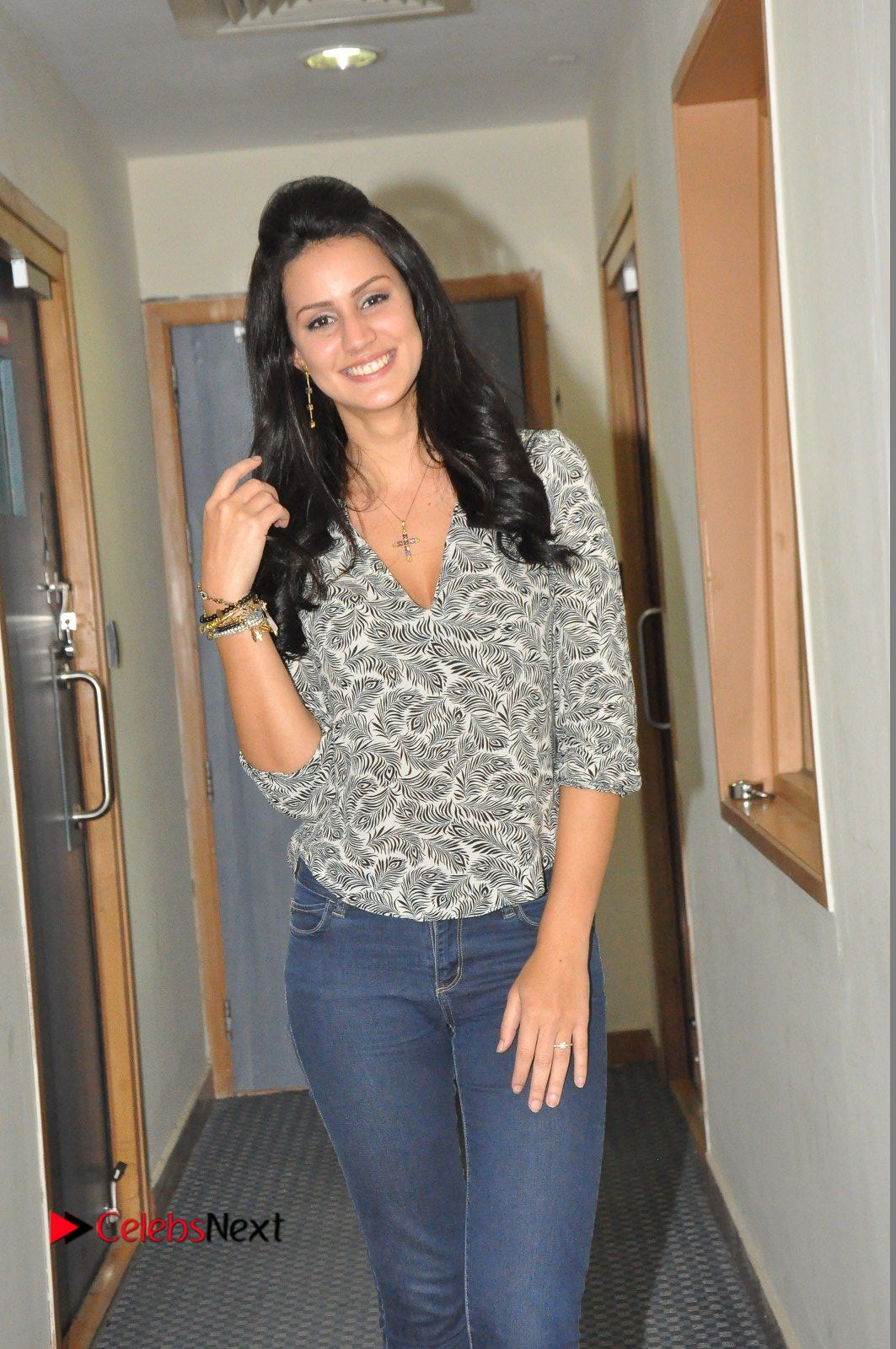 Actress Larissa Bonesi Pictures in Jeans at Big FM For Thikka Movie Promotions  0010.JPG