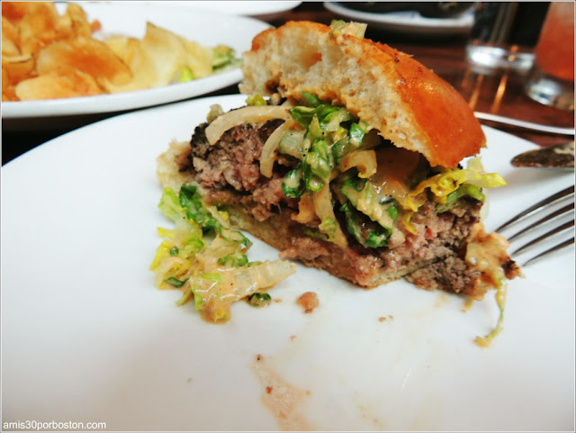 Alden & Harlow: CLASSIC SECRET BURGER