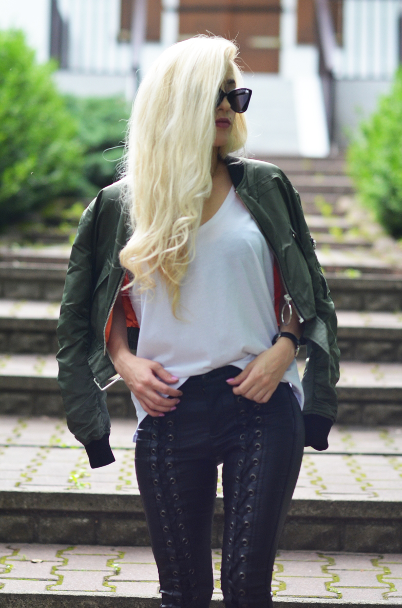 LACE-UP PANTS + ZARA SHORT BOMBER JACKET