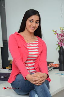 Telugu Actress Mouryani Latest Pos in Blue Denim Jeans  0155.JPG