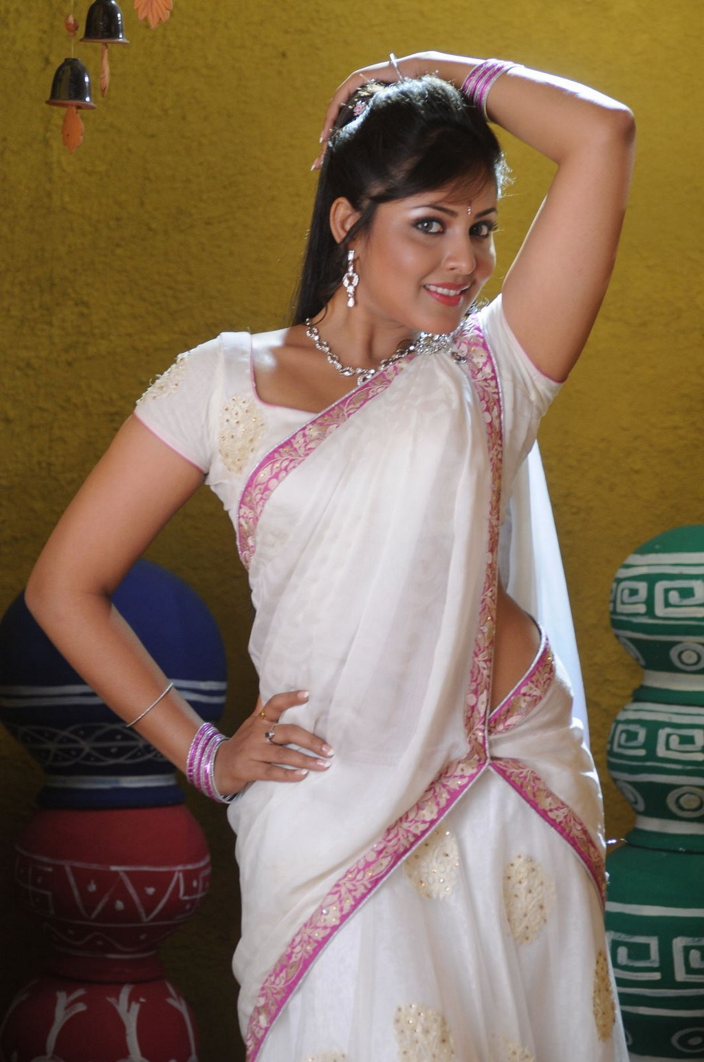 Madhu Shalini Hot Photos In White Saree Tollywood Stars