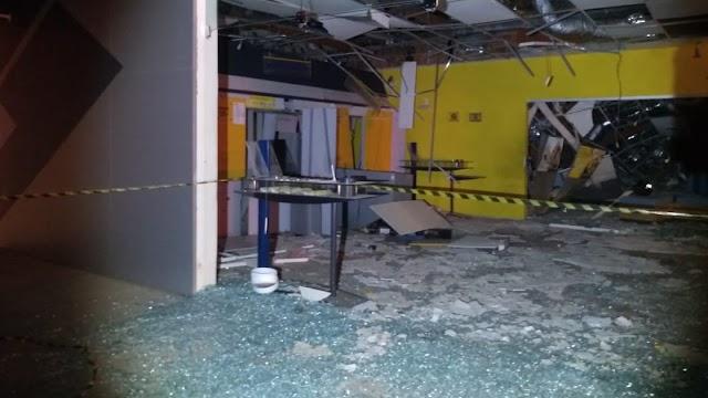 Criminosos cercam cidade, explodem agência bancária e atacam lotérica em Croatá