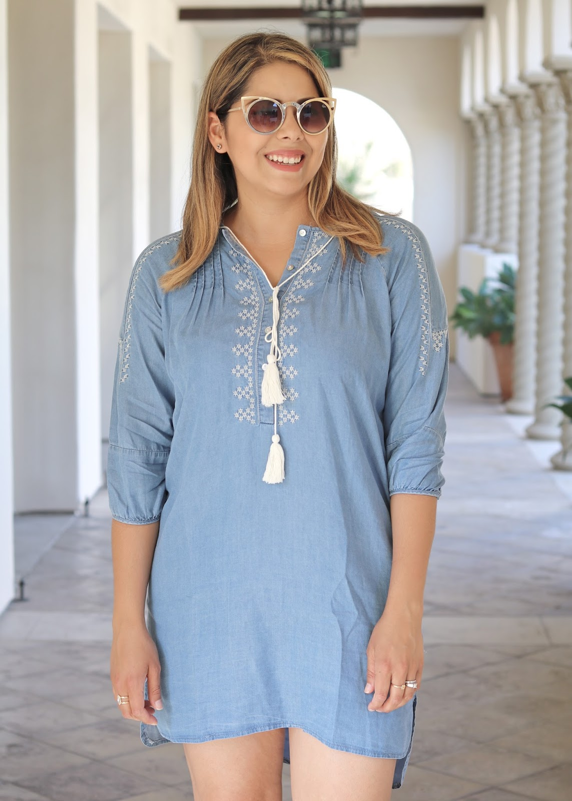 how to wear a denim dress, how to wear cateye sunglasses, tory burch tan purse