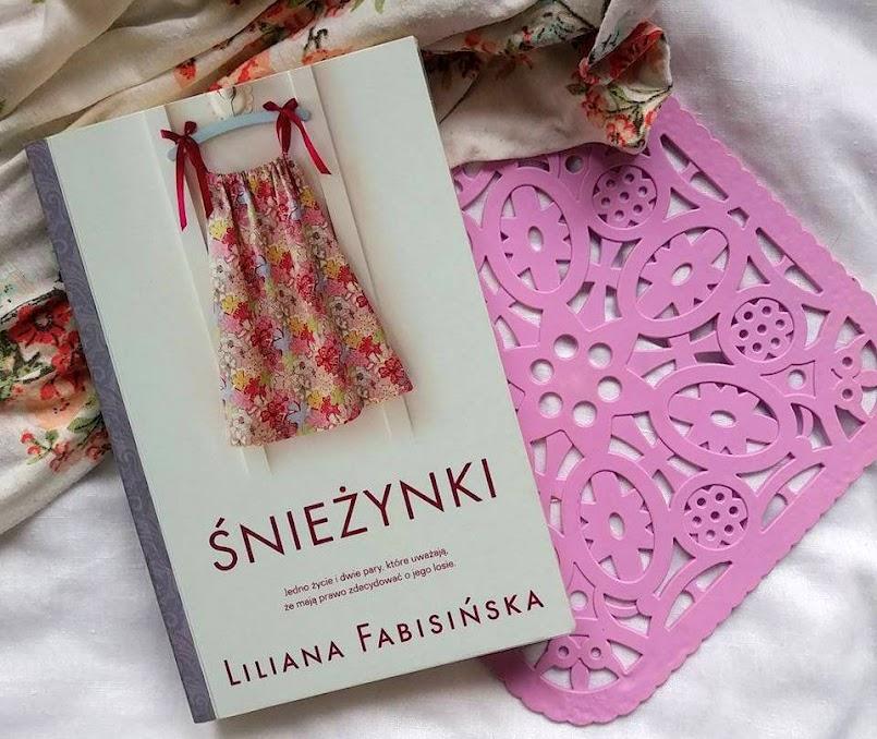 Śnieżynki - Liliana Fabisińska