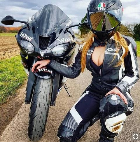 moto-mulher-gata-gostosa-linda