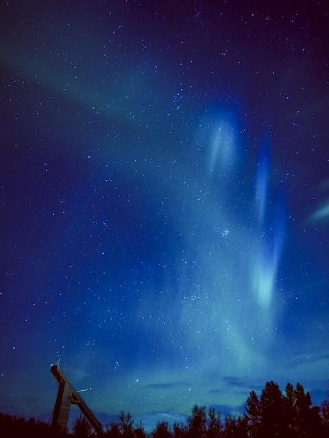 Aurora sobre el Salto de Esquí, Tromsøya, Noruega por Álvaro - El Guisante Verde Project