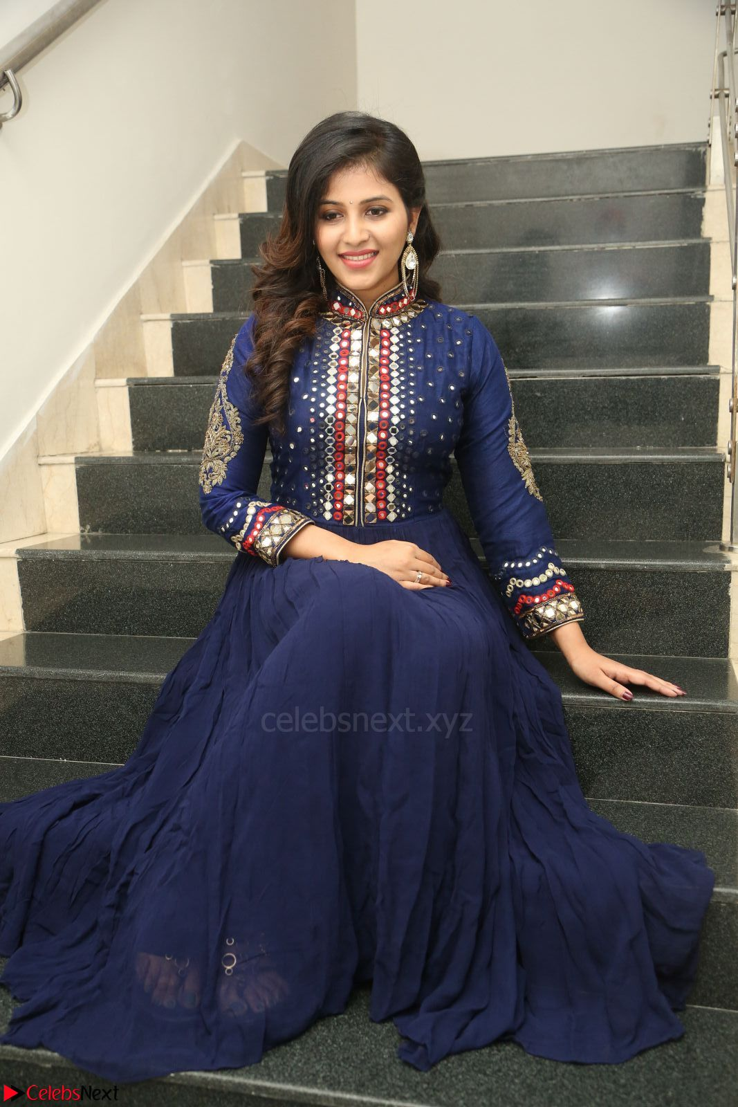 Anjali looks super cute at Chitrangada Pre Release Function March 2017 004.JPG