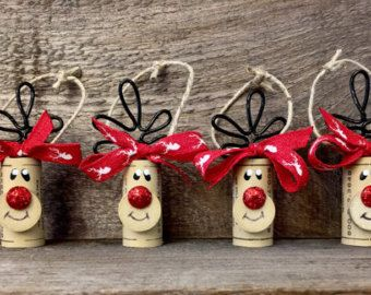 13 adornos navide os con corchos para decorar el rbol de navidad lodijoella. Black Bedroom Furniture Sets. Home Design Ideas