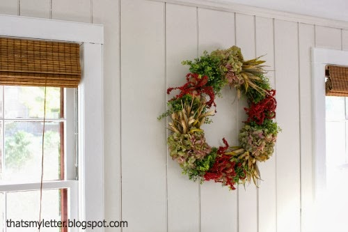diy family room wreath