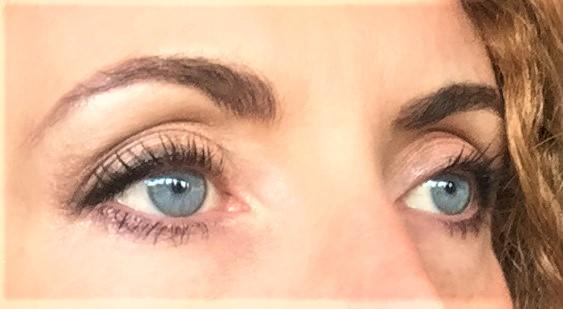 maquillage des yeux réalisé avec la palette Baked and Beautiful de bh cosmetics