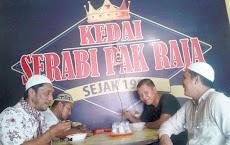 Kuliner Khas Labuhan Batu, Serabi Pak Raja Sejak 1982