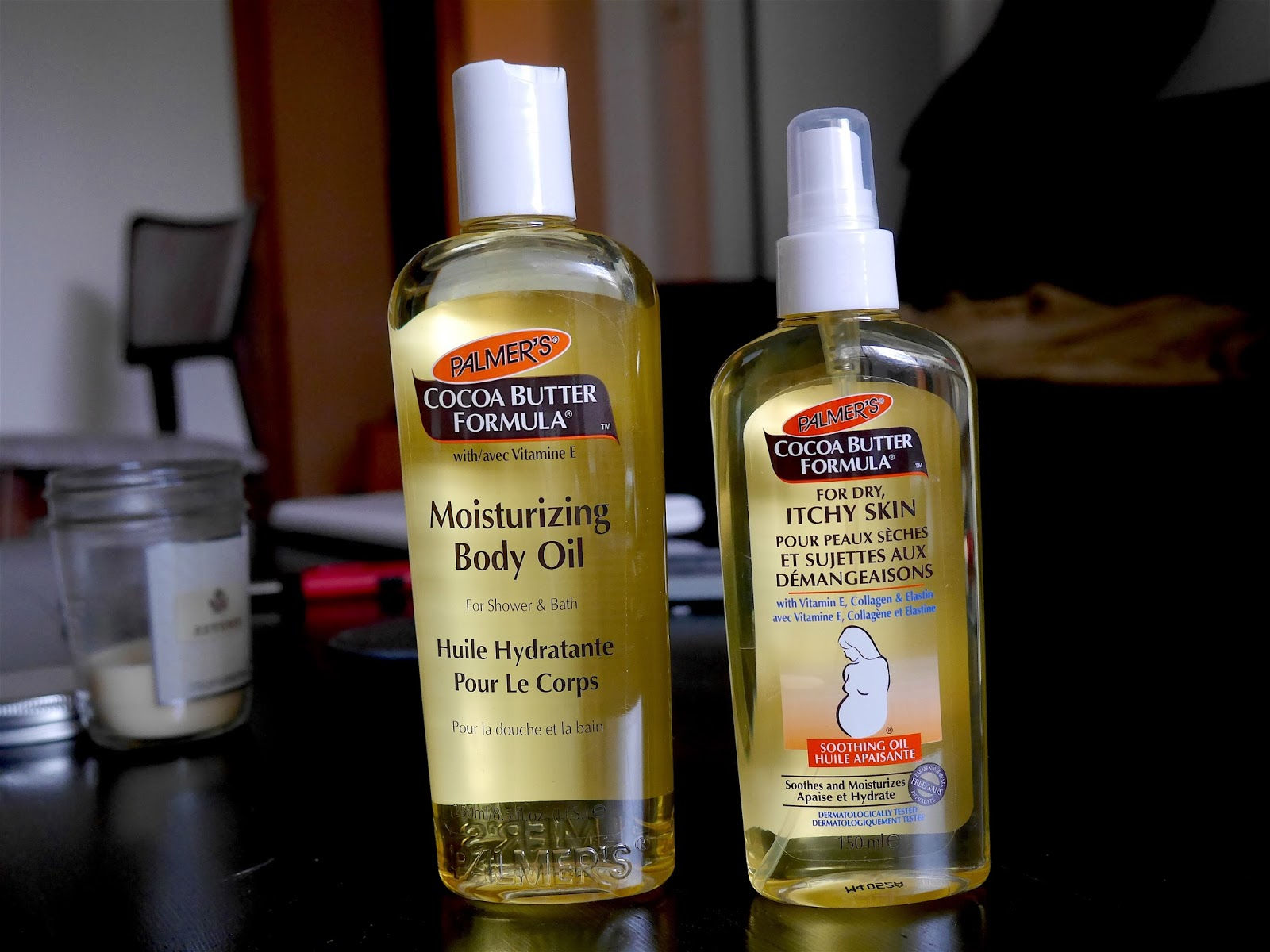 Body Oil Comparison Palmer's Cocoa Butter Formula Soothing Oil and Moisturizing Body Oil