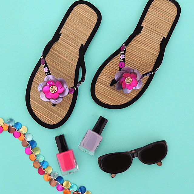 diy flip flops, nail varnish and necklace