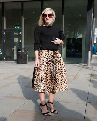 outfit animal print falda