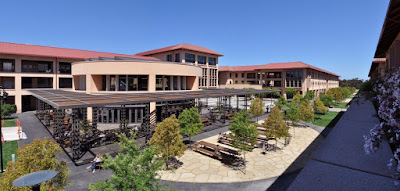 Graduate School of Business-Universitas Stanford