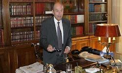 Με αυτά τα λόγια ο Κωστής Στεφανόπουλος διαδέχθηκε στο προεδρικό Μέγαρο τον