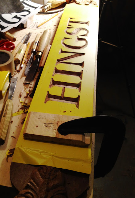 Using chip carving knives in letter hingst s