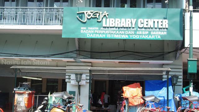 Jogja Library Center di Malioboro