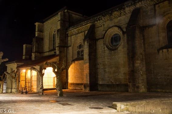 Portico de la iglesia de Santa Maria de la Asuncion de Hondarribia