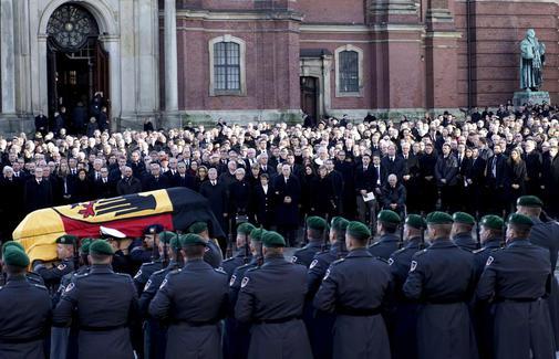 Beerdigung Helmut Schmidt