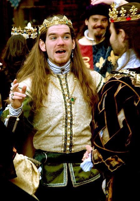 Medieval wedding - groom costume - king