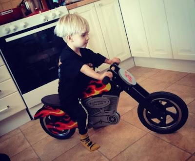 дървено баланс колело мотор кидимото подарък рожден ден на момче на 2 и 3 години