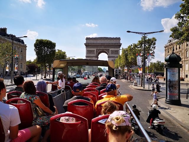 Arc di Triomphe from Big Bus