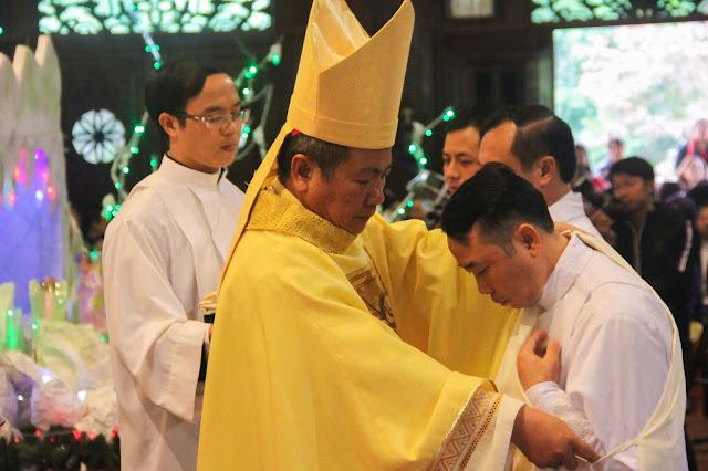 Lễ truyền chức Phó tế và Linh mục tại Giáo phận Lạng Sơn Cao Bằng 27.12.2017 - Ảnh minh hoạ 130