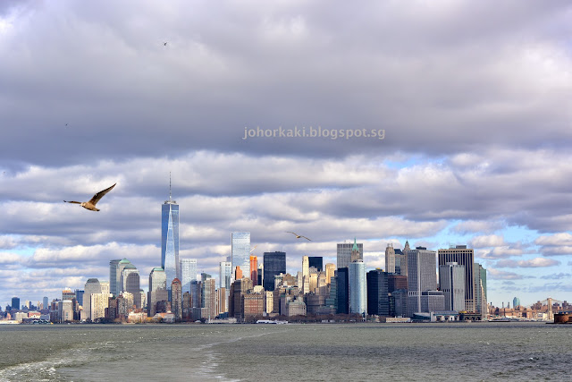 Manhattan-from-the-Staten-Island-Ferry-NYC-New-York