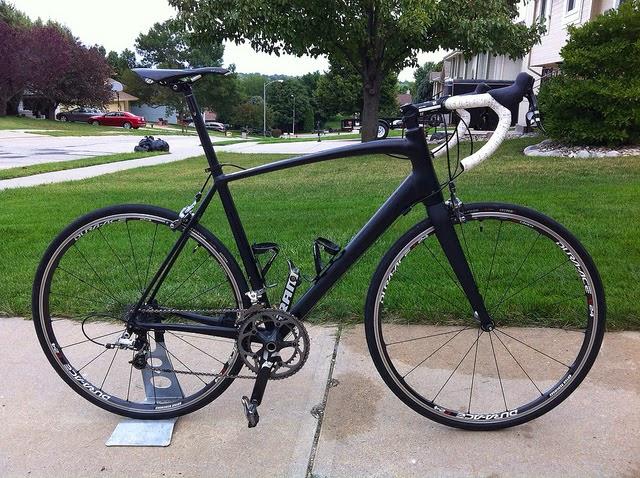 b33b058605c Review: Specialized Allez Race E5 Smartweld Road Frame | Average Cyclist