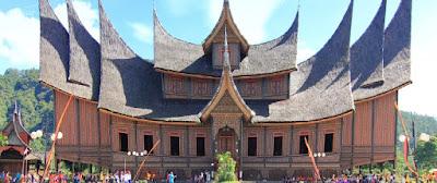 objek wisata sumatera barat istano basa pagaruyung