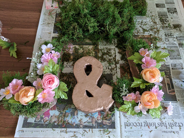 monogram, flowers, moss, cardboard, wedding, decor