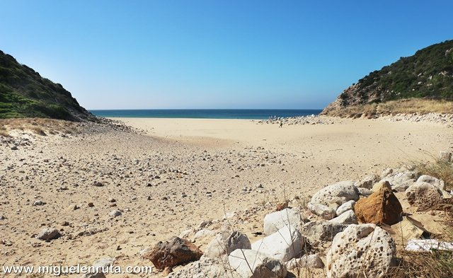 Descubriendo-Praia-do-Zavial