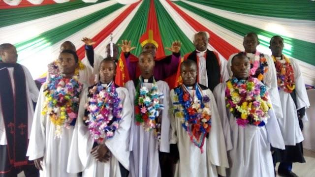 Wainjilisti wanane Kanisa Anglikan Dayosisi ya Kagera  Wapatia Daraja la Ushemasi.