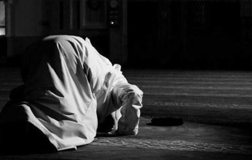 5 HAL Ini TERNYATA Dapat Sebabkan Ummat Islam Masuk Neraka Walau Rajin dan Tekun Shalat! No.1 Dan No.4 Adalah yang Sering Dilakukan Tanpa Disadari!