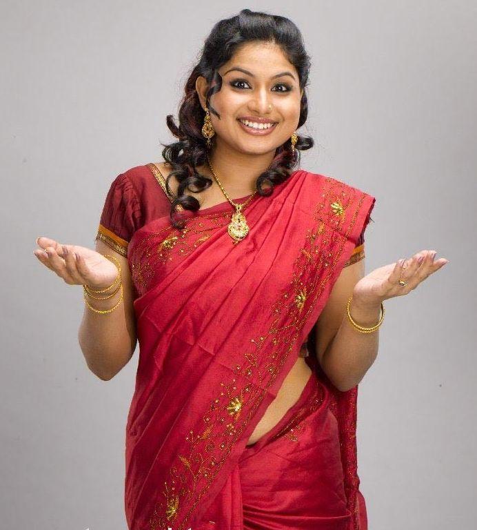 Veena Nair Tv Anchor