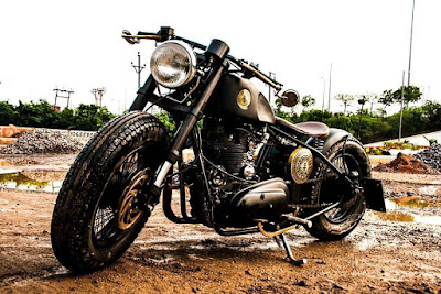 Neev Motorcycles Domina