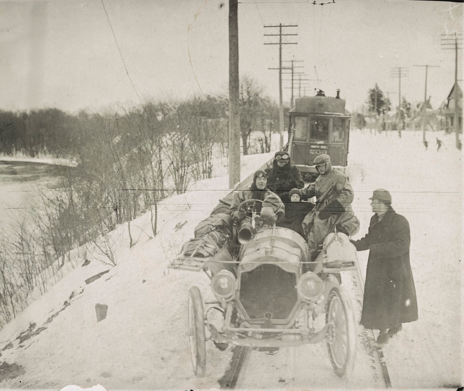 The Buffalo History Gazette: New York to Paris, The Great Auto Race ...
