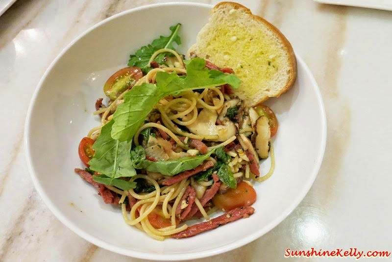 Smoked Duck & Shiitake Spaghetti, Baci Italian Cafe, Citta Mall, Italian Cafe, Coffee, Cafe Food, Italian Food