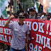 Ribuan Warga Jakarta Geruduk Balai Kota Tuntut Gubernur Basuki Tjahaja Purnama