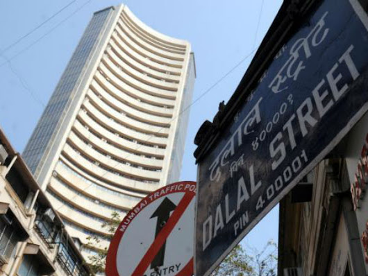 D-Street Buzz: Pharma stocks gain led by Divis Labs; Jet Airways surges 8%, YES Bank falls