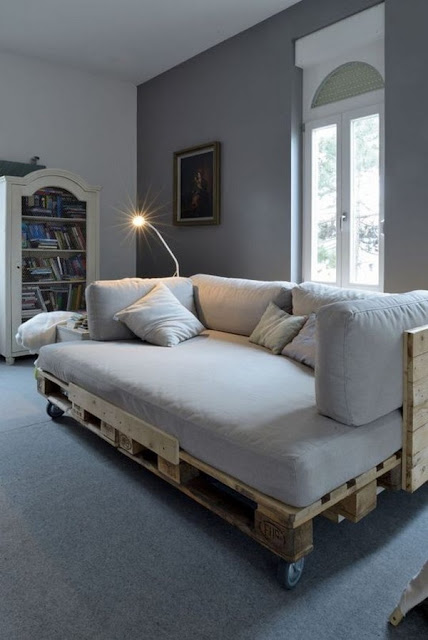 Furniture And Objects Made From Wood Pallets 9