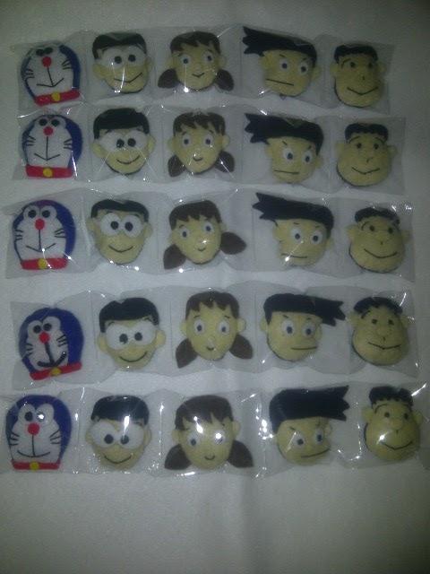Wadah Souvenir Aplikasi Boneka Kepala Doraemon