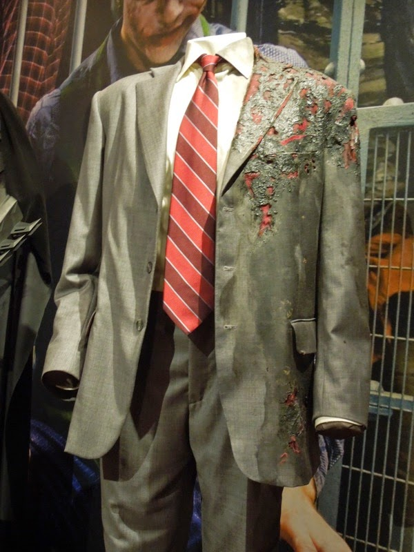 Aaron Eckhart Two-Face costume The Dark Knight