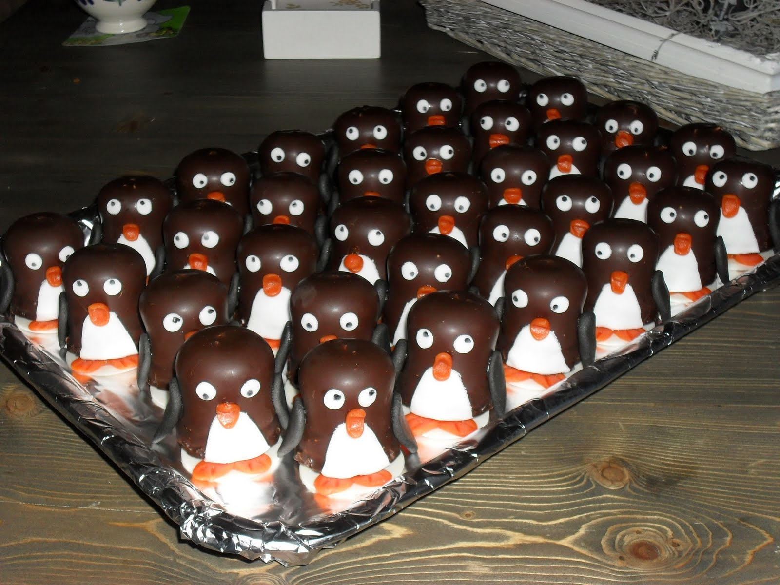 schooltraktatie trakteren negerzoen pinguins