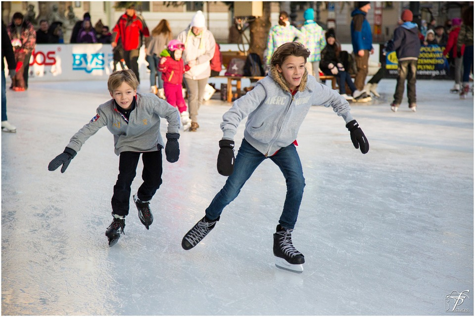 Tips for the first time ice skaters solutioingenieria Images
